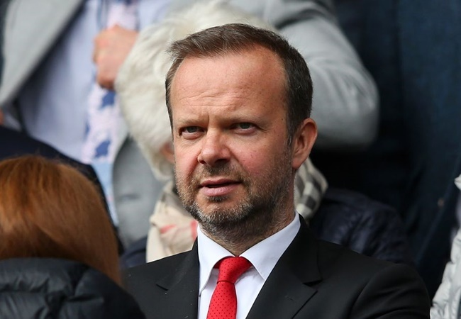 Man Utd to make 'goodwill payment' to over 3,000 matchday staff if remaining games behind closed doors or cancelled - Bóng Đá