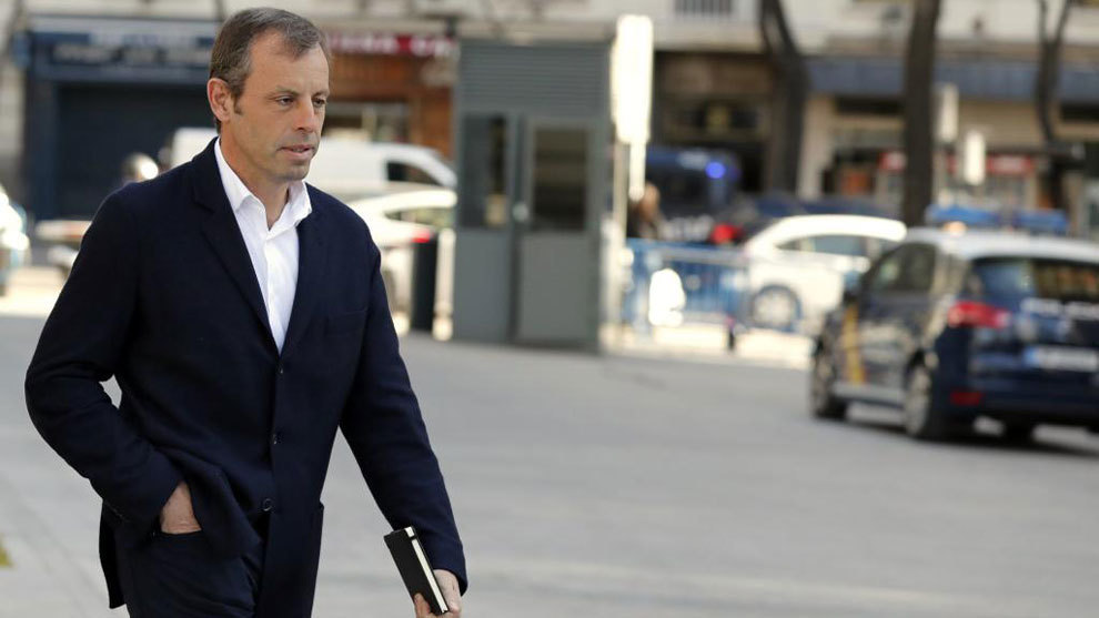 Rosell: When I went into prison they gave me condoms and petroleum jelly, I was worried - Bóng Đá