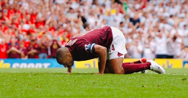 'I actually kissed the ground goodbye because I knew it was over': Henry opens up on his emotional Highbury farewell in 2006 - Bóng Đá