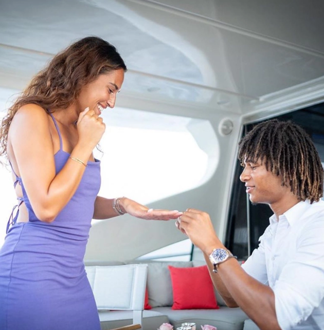 Man City-bound Nathan Ake celebrates huge summer as he gets engaged to stunning girlfriend Kaylee Ramman - Bóng Đá
