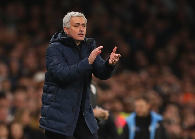 New Spurs documentary reveals Jose Mourinho thought Chelsea would 's**t themselves' and bottle top four - Bóng Đá